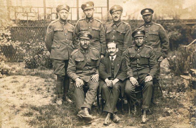 Češi za první světové války nebojovali jen v legiích nebo císařských armádách, ale například i v kanadských jednotkách. Foto: Československá obec legionářská