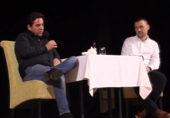 Z diskuse zadrženého podnikatele Kočnera s exnovinářem a exšéfem tajné služby Tóthem. Foto: Denník N/YouTube