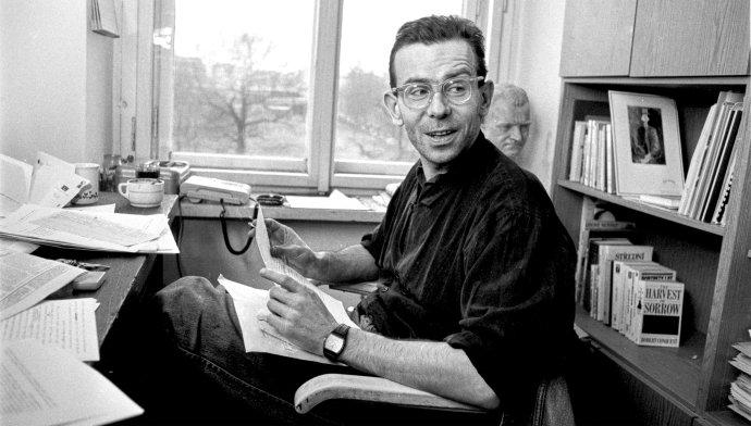 Ivan Lamper v roce 1990 v redakci Respektu, FOTO: LUDVÍK HRADILEK
