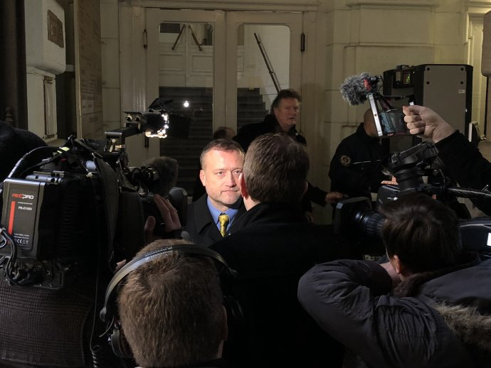Marek Čmejla před zahájením hlavního líčení v České republice. Foto: Ludvík Hradilek, DeníkN