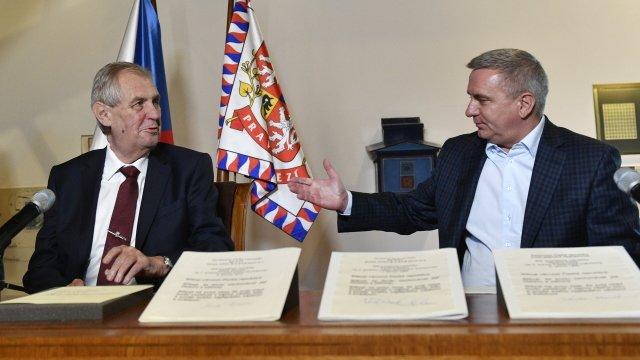 Prezident Miloš Zeman a kancléř Vratislav Mynář. Foto: ČTK
