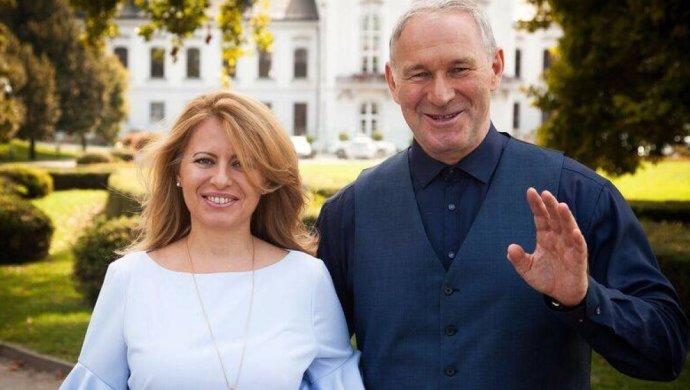 Kandidátka na prezidentku Zuzana Čaputová a její podporovatel, odvolaný arcibiskup Róbert Bezák. Foto: facebookový profil Zuzany Čaputové