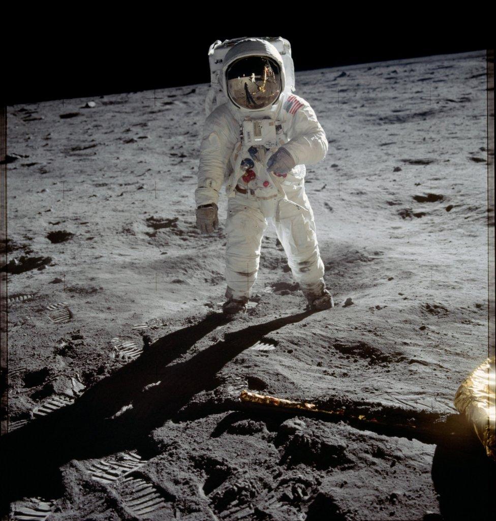 Pilot lunárního modulu Eagle mise Apollo11 Buzz Aldrin jako druhý člověk na Měsíci, 1969. Foto:NASA