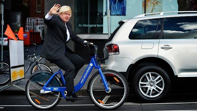 Vášnivý cyklista Boris Johnson na svém dopravním prostředku. Foto:European Cyclists' Federation, flickr.com, CC BY 2.0