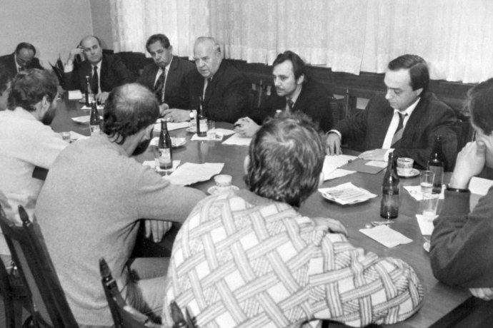 Ladislav Adamec byl vlistopadu 1989 jedním zmála tehdejších komunistických politiků, kteří se rozhodli jednat sopozicí. Foto:Repro zČsT