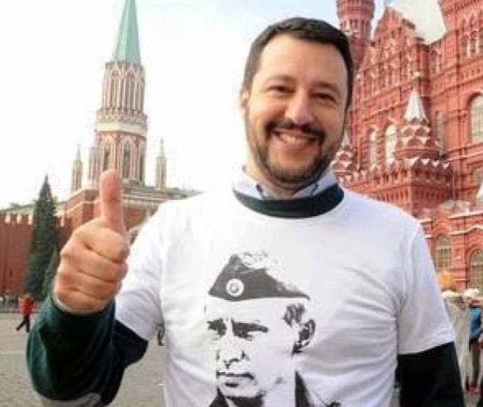 Italský ministr vnitra a vicepremiér Matteo Salvini svůj obdiv k prezidentovi Ruska Putinovi neskrývá. Zdroj: Twitter
