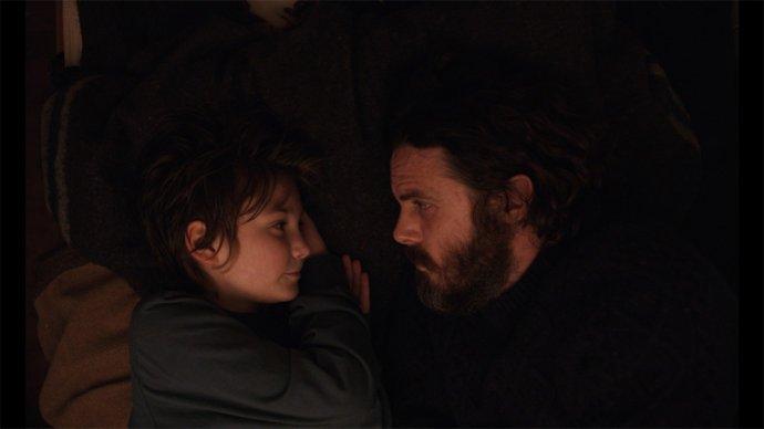 Film Světlo mého života začíná dlouhatánským záběrem na otce, jak vypráví dceři pohádku na dobrou noc. Foto: Light of My Life