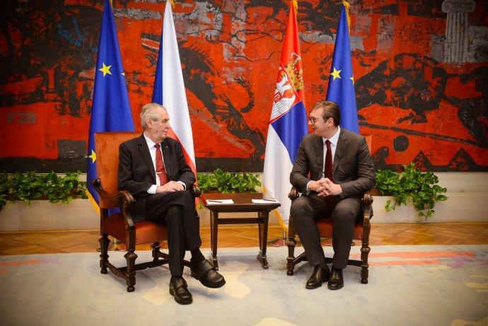 Prezident Miloš Zeman jedná se svým srbským protějškem Aleksandarem Vučićem. Foto: Jiří Ovčáček / Twitter