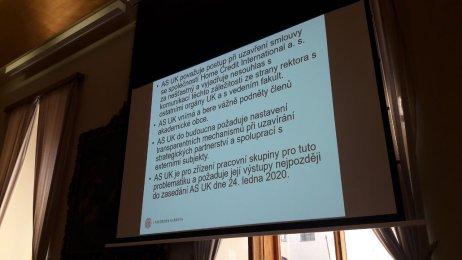 Závěry Akademického senátu, Foto: Hana Mazancová