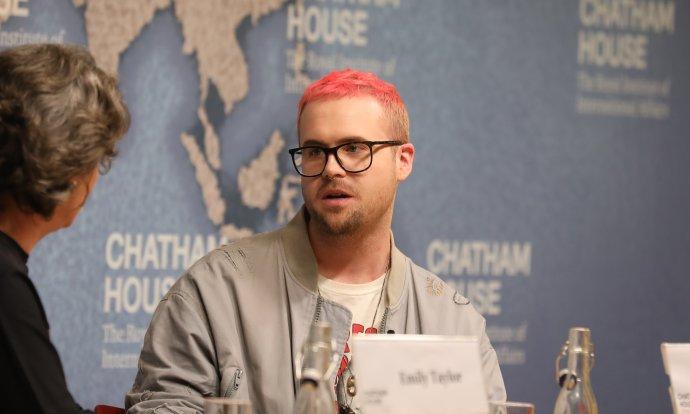 """Christopher Wylie: """"Nejúčinnější z hlediska manipulátora je ukrást napadené osobě její vnímání sebe sama a pak je nahradit svou verzí."""" Foto: Chatham House"""