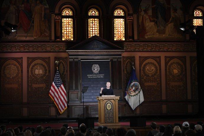 Mark Zuckerberg hovoří 17. října na Georgetownské univerzitě. Foto: ČTK