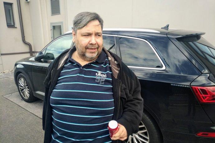 Nově zvolený radní ČT, moderátor internetové televize XTV aČeského rozhlasu Lubomír Xaver Veselý. Foto:Jan Moláček, DeníkN