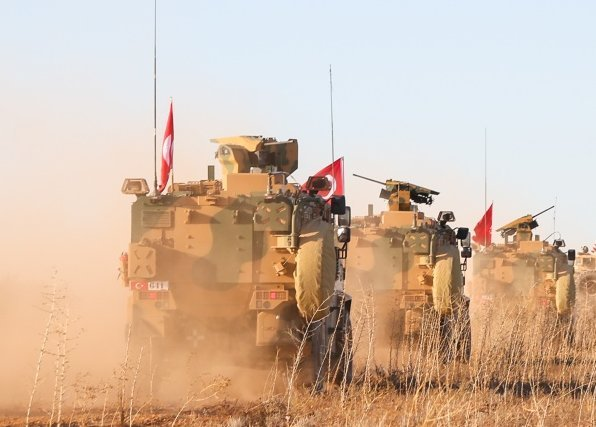 Turecké jednotky vSýrii poblíž Manbidže, 2018. Foto: Arnada Jones, USmilitary