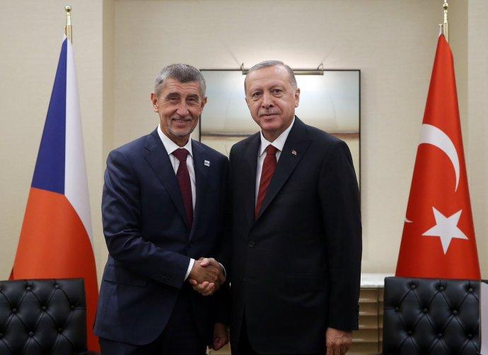 Premiér Andrej Babiš s tureckým prezidentem Recepem Erdoganem při setkání v New Yorku. Foto: Turkish Presidency