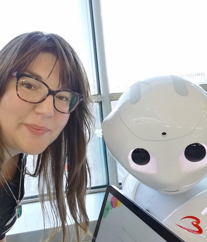 Humanoidní robot Pepper už leckde pracuje jako recepční. Foto: Alžběta Krausová