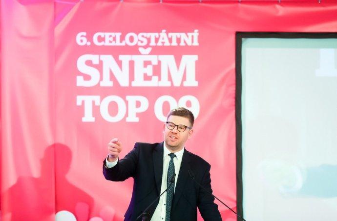 Jiří Pospíšil při projevu na celostátním sněmu TOP09. Foto:Gabriel Kuchta, DeníkN
