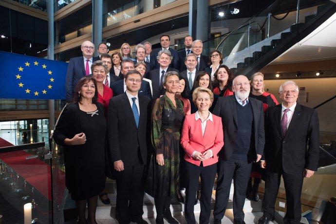 Nová Evropská komise Ursuly von der Leyenové. Foto: EK