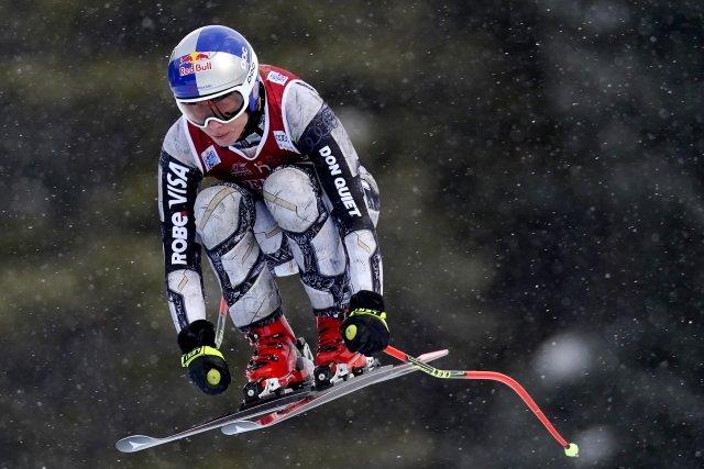 Ester Ledecká během závodu v kanadském Lake Louis. Foto: ČTK / AP / Frank Gunn