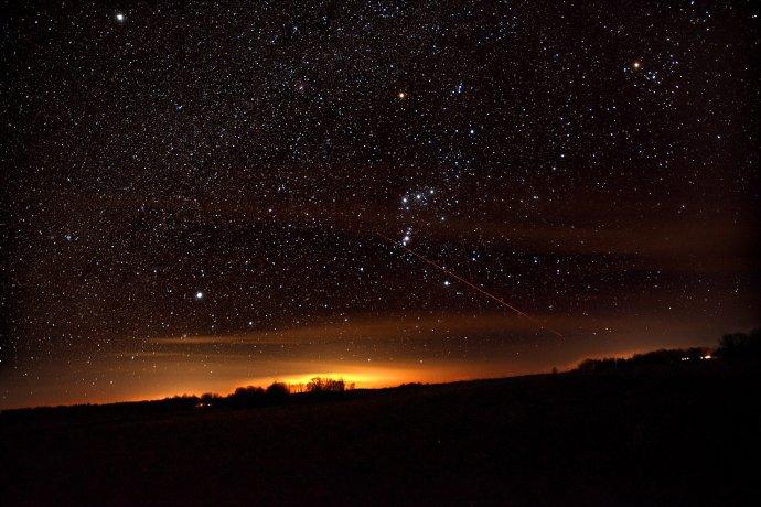 Souhvězdí Orionu. Jednou přijde den, kdy ho takhle uvidíme naposledy. Za tisíc let, anebo zítra. Foto: Wikimedia Commons