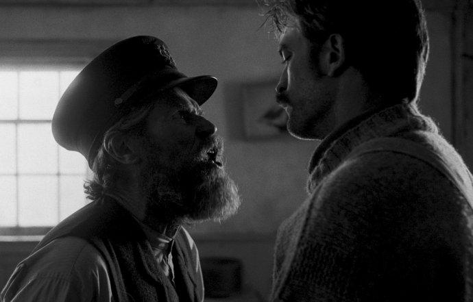 Willem Dafoe a Robert Pattinson. Foto: A24 Pictures