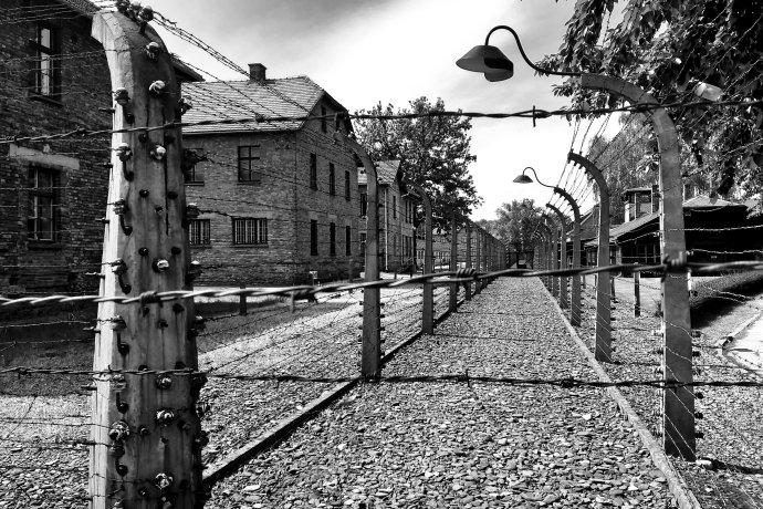 Nacistický koncentrační tábor Auschwitz (Osvětim) na území Polska. Foto:John Ondreasz, Pixabay