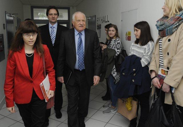 Ekonomka Hana Lipovská (vlevo) spolupracuje s institutem bývalého prezidenta Václava Klause. Foto: ČTK
