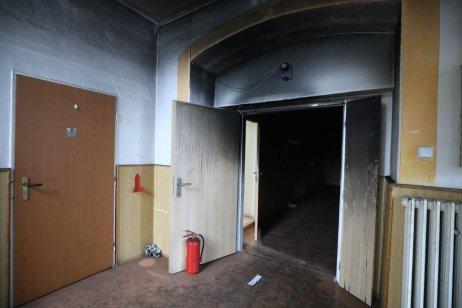 Vyhořelý dům pro lidi s postižením ve Vejprtech. Foto: Deník N/Ludvík Hradilek