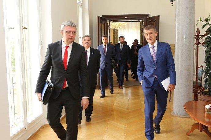 Vicepremiér Karel Havlíček apředseda vlády Andrej Babiš. Foto:Facebook