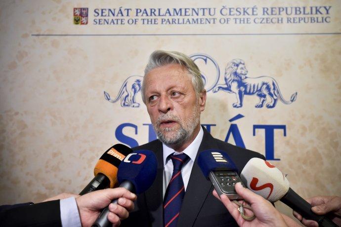 Jedním z členů výboru pro personální nominace je bývalý ministr vnitra a senátor František Bublan (na snímku z května 2018). Foto: Vít Šimánek, ČTK