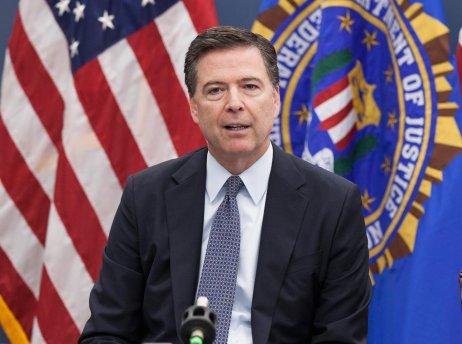 James Comey se po vyhazovu zpostu šéfa FBI stal hlasitým kritikem Donalda Trumpa avystoupil zRepublikánské strany. Později vydal knihu, kterou nyní kanál Showtime zfilmoval. Foto:FBI, Flickr
