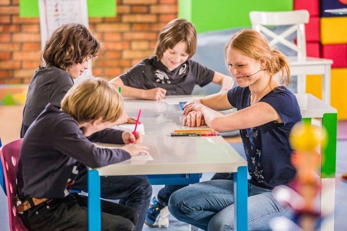 Pořad UčíTelka spustila Česká televize v době, kdy děti nemohly chodit kvůli pandemii do školy. Foto:ČT