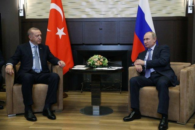 Minule se Recep Erdogan sVladimirem Putinem sešli na podzim loňského roku vSoči. Amoc ztoho nebylo. Foto:ČTK / Anadolu Agency / Abacapress.com