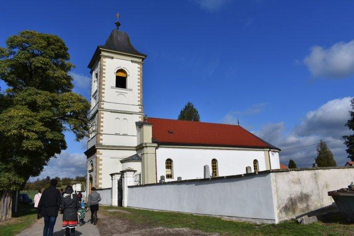 Kostely mají zatím zůstat zavřené, říkají úřady. Foto:Michael Švec, DeníkN