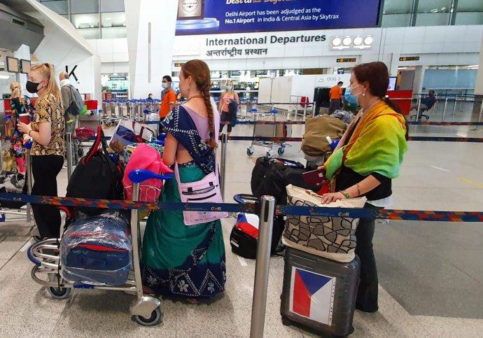 Repatriační lety během koronavirové krize. Převoz Čechů do ČR zindického Dillí. Foto:MZV