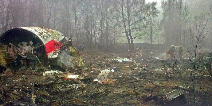 Trosky polského vládního letadla Tu-154, při jehož havárii uSmolenska 10.4. 2010 zahynul prezident Kaczyński adalší polští politici avojáci. Foto:Wikimedia Commons