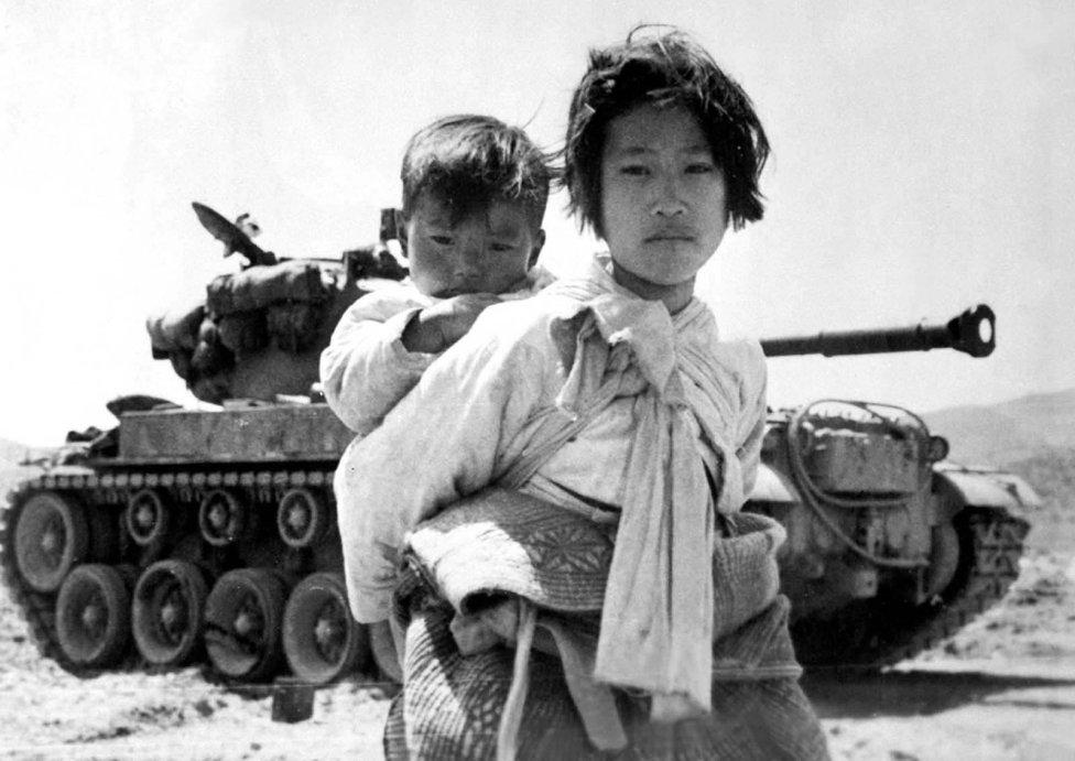 """""""Dějiny píše vítěz avítěz je píše na základě vítězství, ne selhání. Takže co si dnes myslíme okorejské válce, jeasi z poloviny pravda azpůlky ne."""" Foto:manhhai, Flickr CC BY 2.0"""