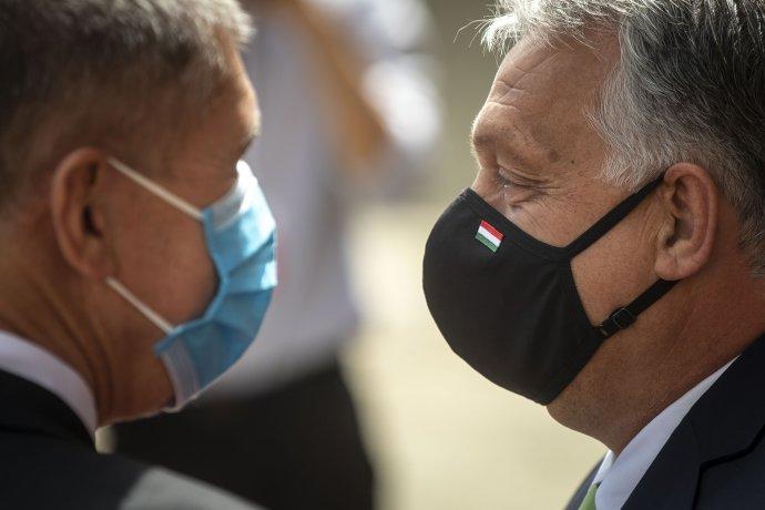 Andrej Babiš rád zdůrazňuje své spojenectví s maďarským premiérem Viktorem Orbánem. Foto: Gabriel Kuchta, Deník N