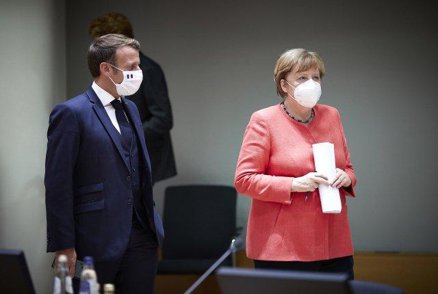 Francouzský prezident Emmanuel Macron aněmecká kancléřka Angela Merkelová na summitu lídrů Evropské unie. Foto:ČTK