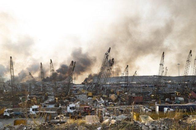 Masivní exploze zničila naprostou většinu bejrútského přístavu. Foto:ČTK
