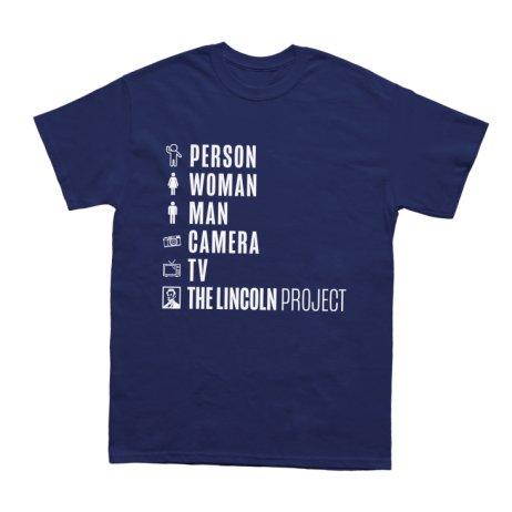 Lincolnův projekt prodává různé propagační předměty. Toto je například tričko spěti slovy, které vrozhovoru sFox News vyjmenovával prezident Donald Trump jako příklad otázek kognitivního testu. Foto:The Lincoln Project.