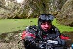 potápěč David Čani v Hranické propasti