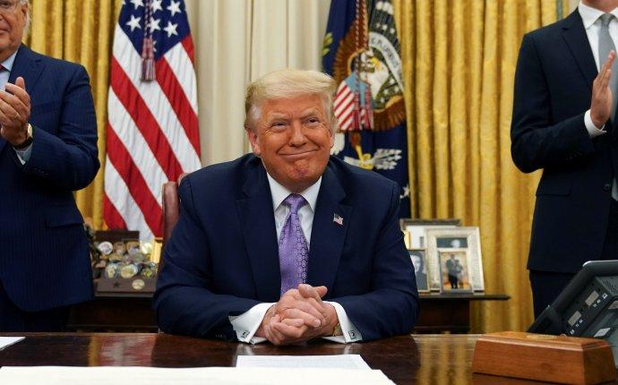 Donald Trump usiluje oznovuzvolení, vamerických volbách ještě nikdy nebylo tolik vsázce ipro zbytek demokratického světa. Foto:Kevin Lamarque, Reuters