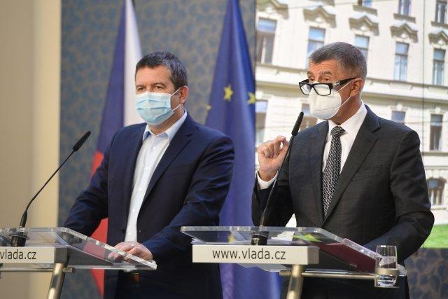 Premiér Andrej Babiš aministr vnitra Jan Hamáček. Foto:Roman Vondrouš, ČTK
