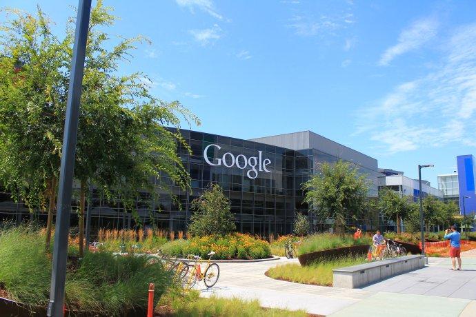 Budova firmy Google - Googleplex - v Mountain View v Kalifornii. Foto: Pxhere