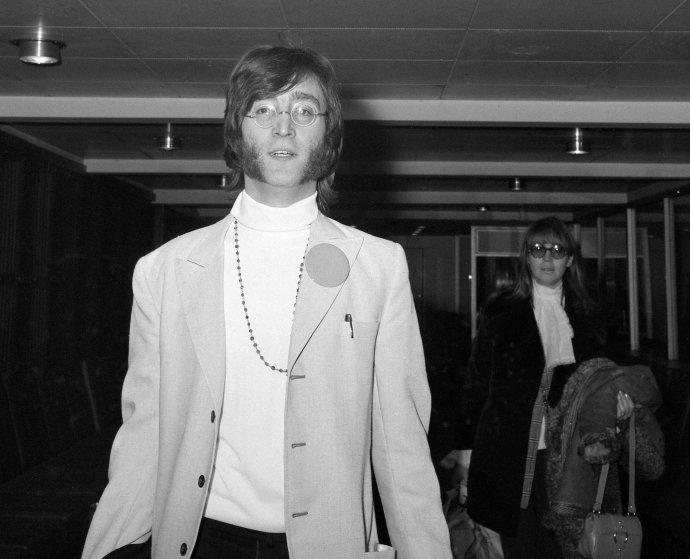 John Lennon v únoru 1968. Foto: Public domain