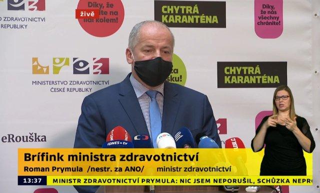 Televizní přenos briefingu ministra zdravotnictví Romana Prymuly (za ANO), na kterém 23.října 2020vPraze uvedl, že nehodlá sám rezignovat na svůj post. Vneděli naopak připustil, že by rezignovat mohl. Foto:ČTK