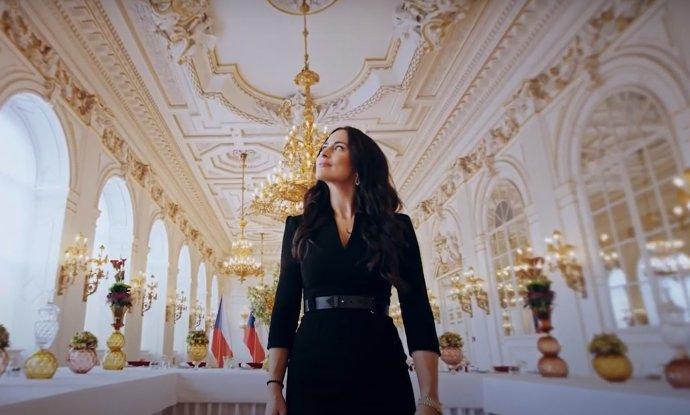 Alexandra Mynářová tvoří propagační videa pro Kancelář prezidenta republiky. Reprofoto:DeníkN