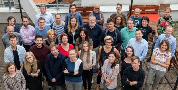Většina redakce DeníkuN po poslední společné poradě na začátku září 2020. Foto:Michal Klukan
