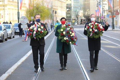 Připomínka 17. listopadu na Národní třídě. Foto: Ludvík Hradilek, Deník N