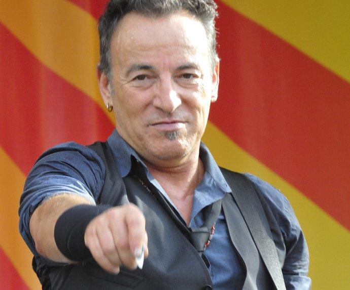 Springsteen představil svojí vůbec první reklamu, ato vpřestávce Superbowlu ana Jeep. Automobilka ji po posledních zprávách ořízení pod vlivem stáhla. Foto:Takahiro Kyono, Flickr